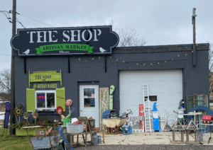 Exterior of The Shop in Princeton showing a variety of art, collectibles and antiques